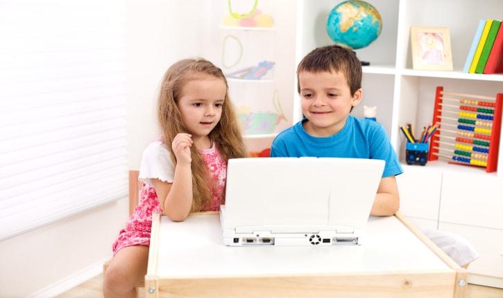 Πώς να Προστατέψετε τα Παιδιά σας από τους Κινδύνους του Διαδικτύου